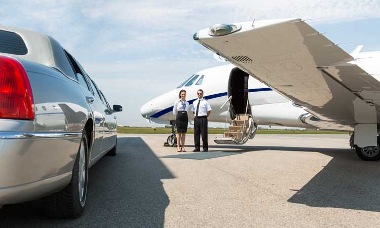 Limousine Towncar - Airport Transfers